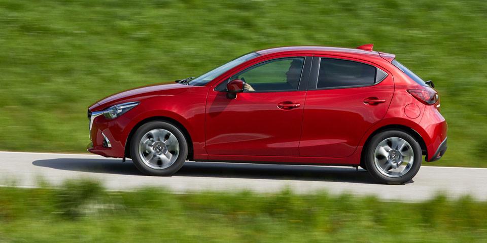 Mazda2_2018_side-960.jpg