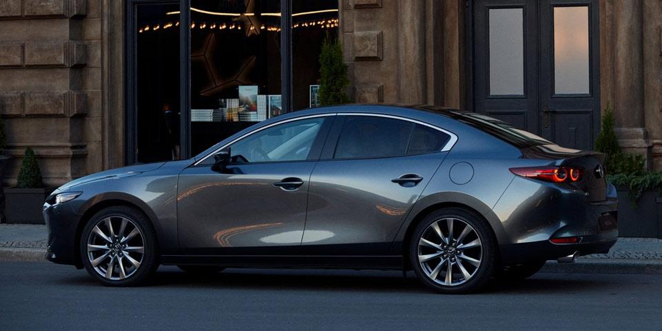 Mazda3_2019-960-off4.jpg