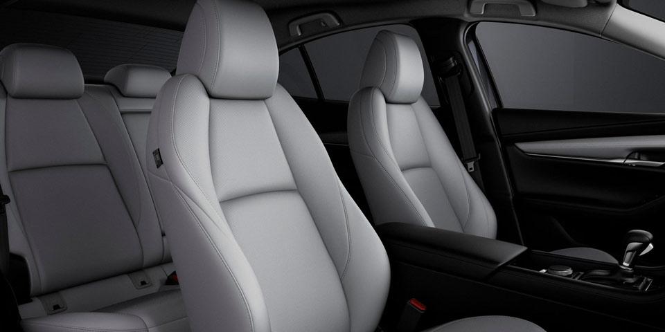 Mazda3_2019-960-off5.jpg