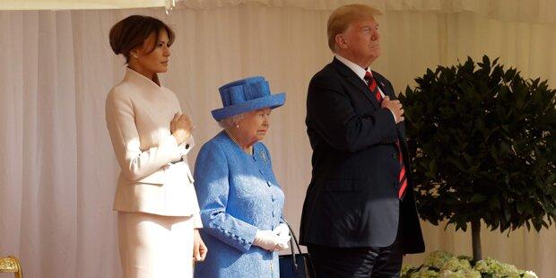 Donald und Melania Trump ließen Queen warten