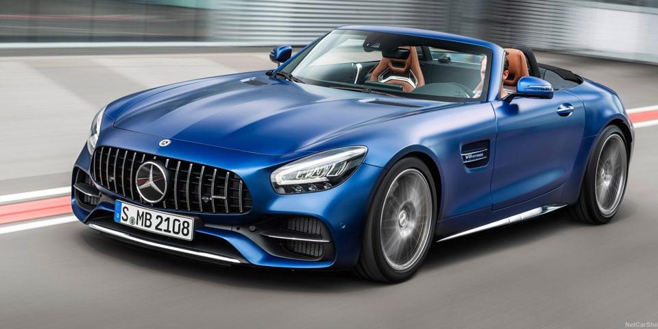 Mercedes-AMG-GT-fl-2019-of6.jpg