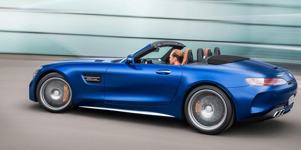 Mercedes-AMG-GT-fl-2019-off.jpg