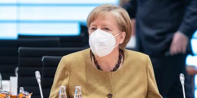 Deutsche Kanzlerin Merkel lässt sich mit AstraZeneca impfen