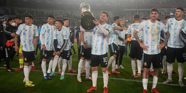 Pele gratuliert Messi zu Tor-Rekord