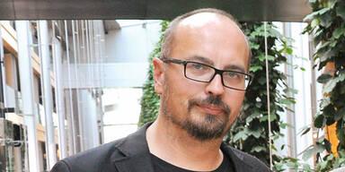 Wegen Putin: Grün-Abgeordneter fordert Kneissl-Rücktritt