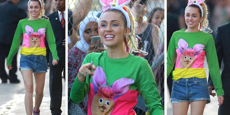 Miley Cyrus im bunten Häschenlook