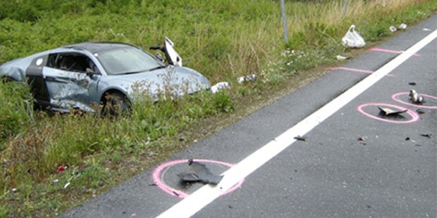 540-PS-Raser tötet Mädchen auf Moped
