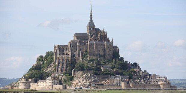 Drohung: Mont Saint-Michel evakuiert