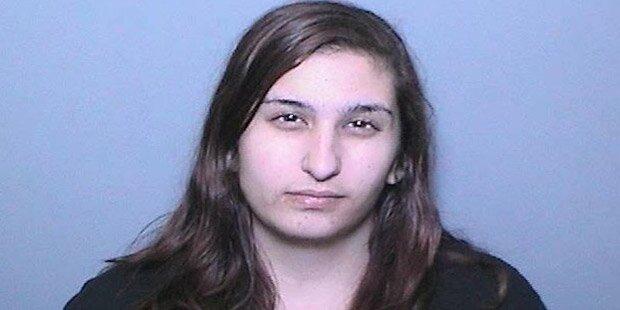 Frau schickte Morddrohungen an sich selbst: Haft
