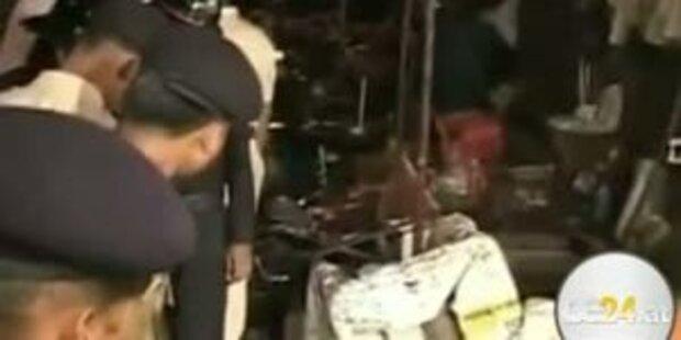 Terror-Explosionen  in Mumbai: schon 17 Tote