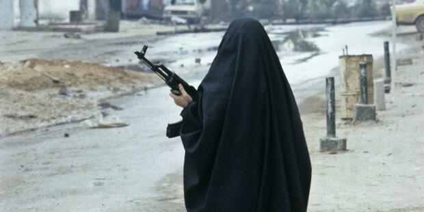 ISIS rekrutiert Frauen als Ablenkungsmanöver