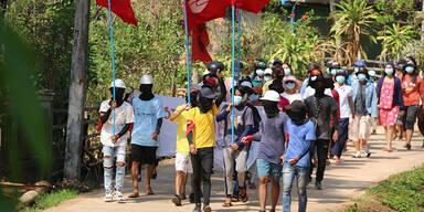 Bombenexplosion vor Militär-Bankfiliale in Myanmar