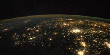 NASA-Video zeigt die Erde bei Nacht