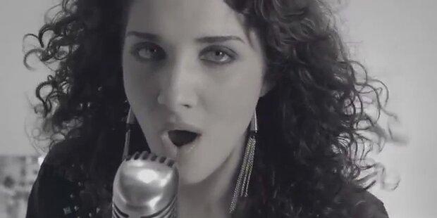 "Natália Kelly: ""Shine"""