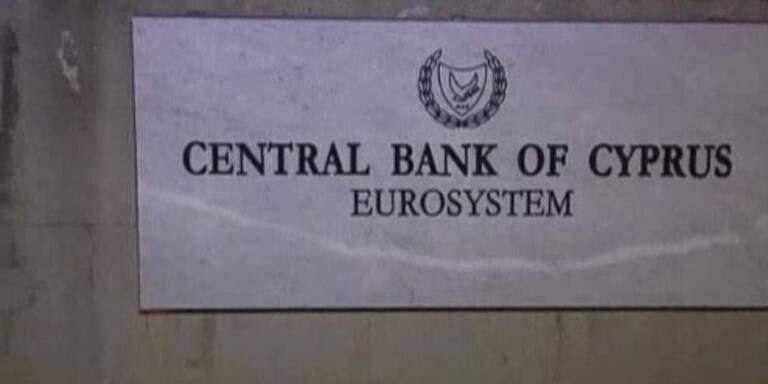Kopie von Geld für Zypern: Banken öffnen wieder