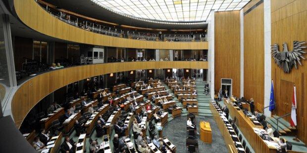 Politiker verzichten auf Gehalts-Plus