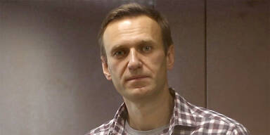 Nawalny: Aufseherin droht mit Zwangsernährung