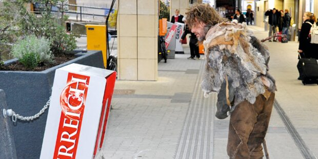 Neandertaler wirbt für Androsch