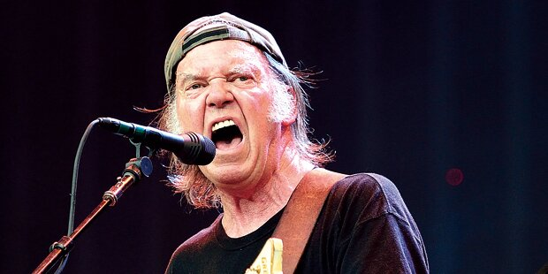 Neil Young rockt in Wiener Stadthalle
