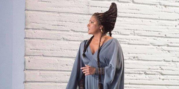 Anna Netrebko: Erstes Foto von Aida