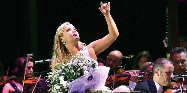 Netrebko als Königin von Salzburg