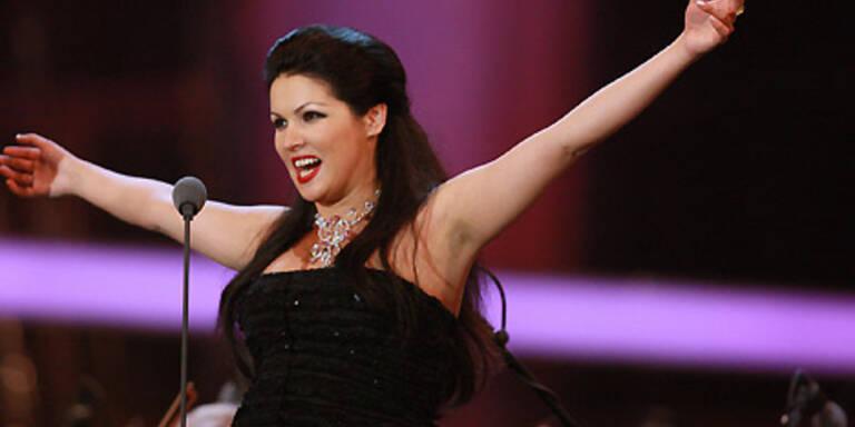 Anna Netrebko singt  wieder!
