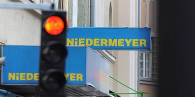 Niedermeyer: Abverkauf in 8 Filialen