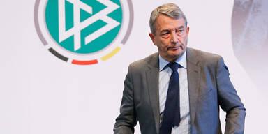 WM-Affäre: Steuer-Razzia beim DFB