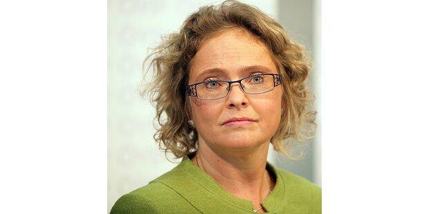 Der Brillen-Tick der neuen Justizministerin