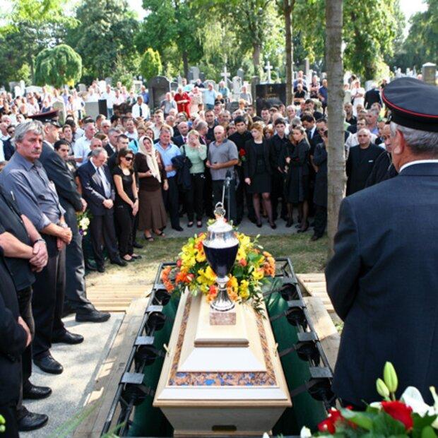 Begräbnis Von Edip Sekowitsch In Wien