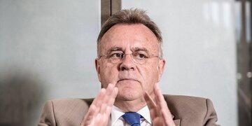 Gegen Parteilinie: Niessl: Erster SPÖ-Politiker fordert Burka-Verbot