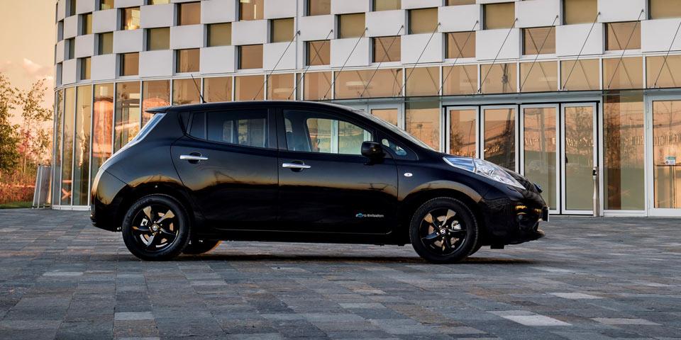 Nissan_Leaf_Black_Edi-960.jpg