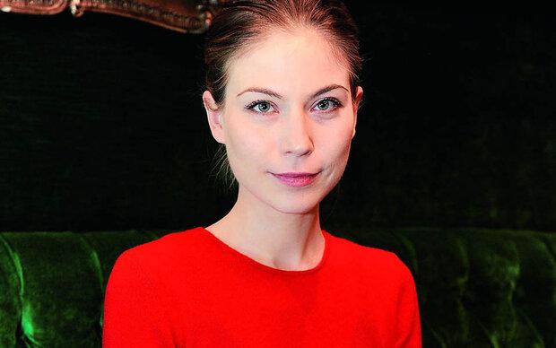 Interview mit Nora von Walkdstätten