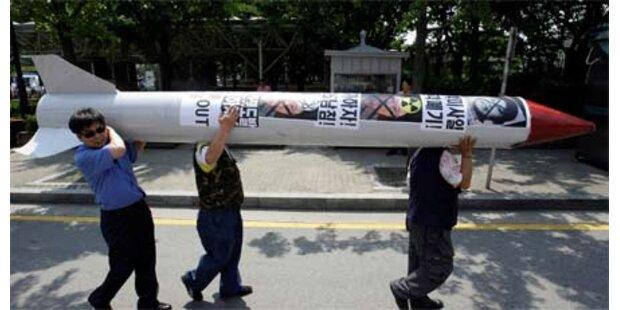 Nordkorea hält an Atomwaffen fest