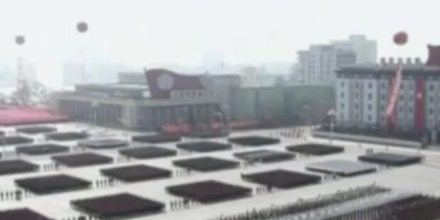 Militärparade zum 100. Jubiläum in Nordkorea