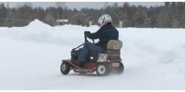 Rasenmäher-Rennen auf der Eisfahrbahn