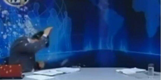 Joghurt-Attacke auf griechischen TV-Moderator