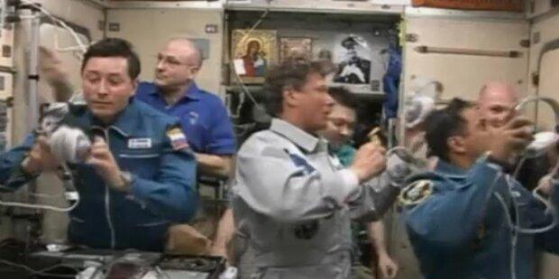 Russische Kapsel dockt an ISS-Raumstation an