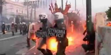 Sparpaket: Randalierer verwüsten Athen