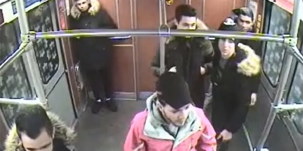Obdachlosen angezündet: Polizei sucht 7 Teenies