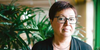 So hart kämpft Ministerin gegen Krebs