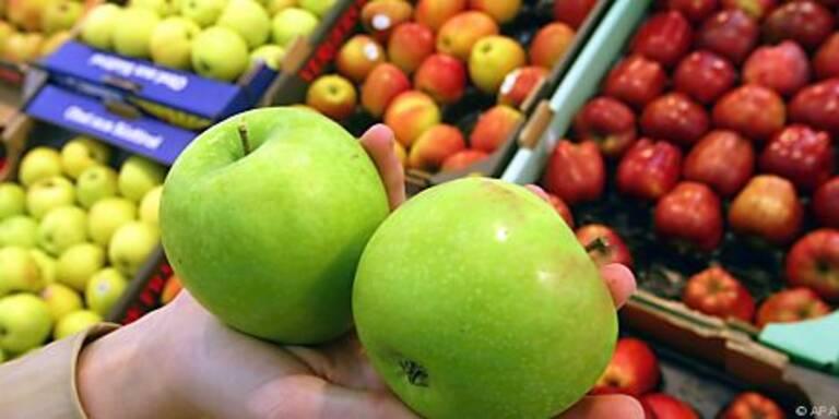 Obstkisten einmal im Jahr desinfizieren