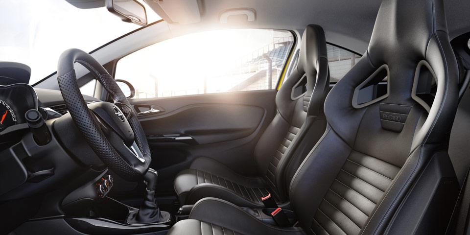 Opel-Corsa-GSi-960-start2.jpg
