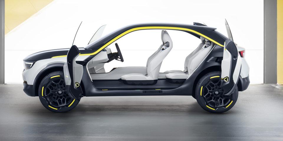 Opel-GT-X-Experimental3.jpg