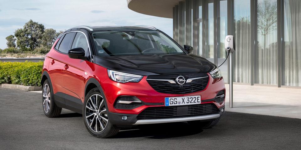 Opel-Grandland-X-Hybrid4-3.jpg