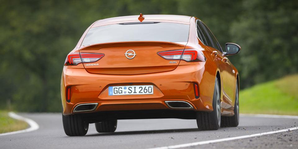 Opel-Insignia-GSi-960-1.jpg