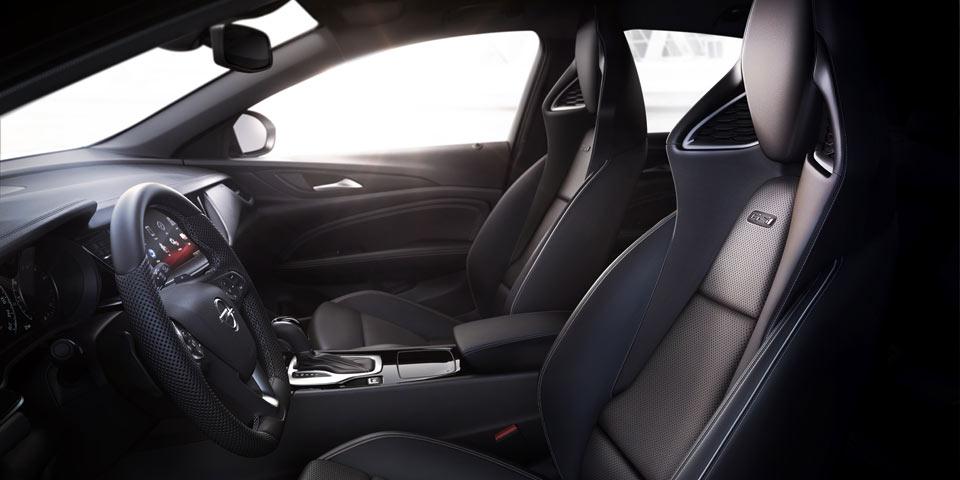 Opel-Insignia-GSi-AGR-seats.jpg