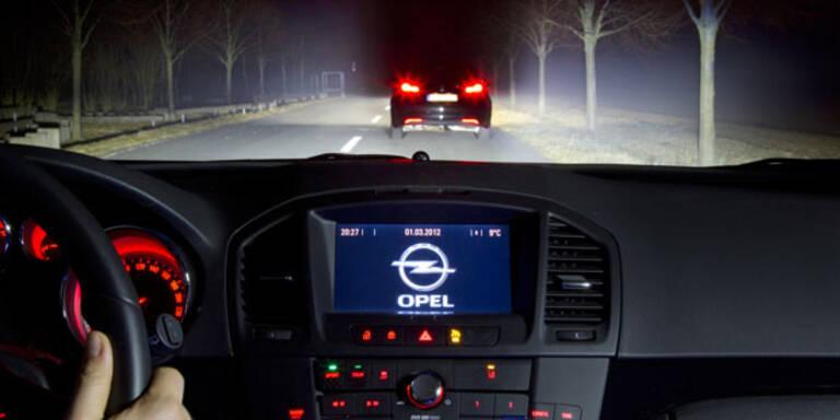 Opel will Autolicht mit Augen steuern