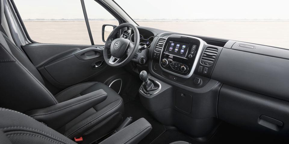Opel-Vivaro-Tourer-308338.jpg