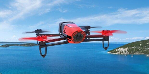 Hofer verkauft eine Hightech-Drohne